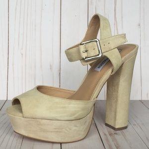 Steve Madden 'Jillyy' Suede Platform Sandal